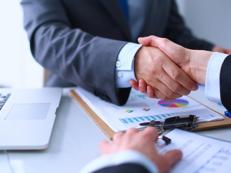 Юридические услуги бизнесу и физическим лицам